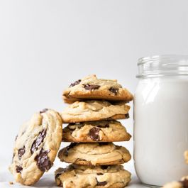 0b7ec6f4 8226 453d 8db4 9cb119eae907  peanut butter chocolate chip cookies 15