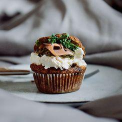 Savoury muffins with salmon, cream cheese and pesto