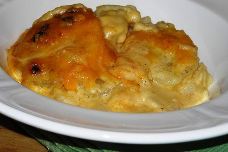 Ooey Gooey Au Gratin Potatoes