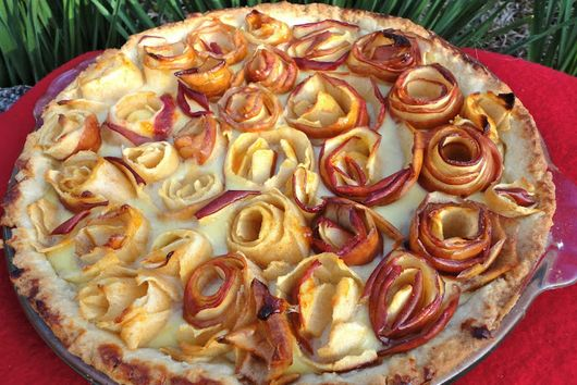 Apple Rose Pie