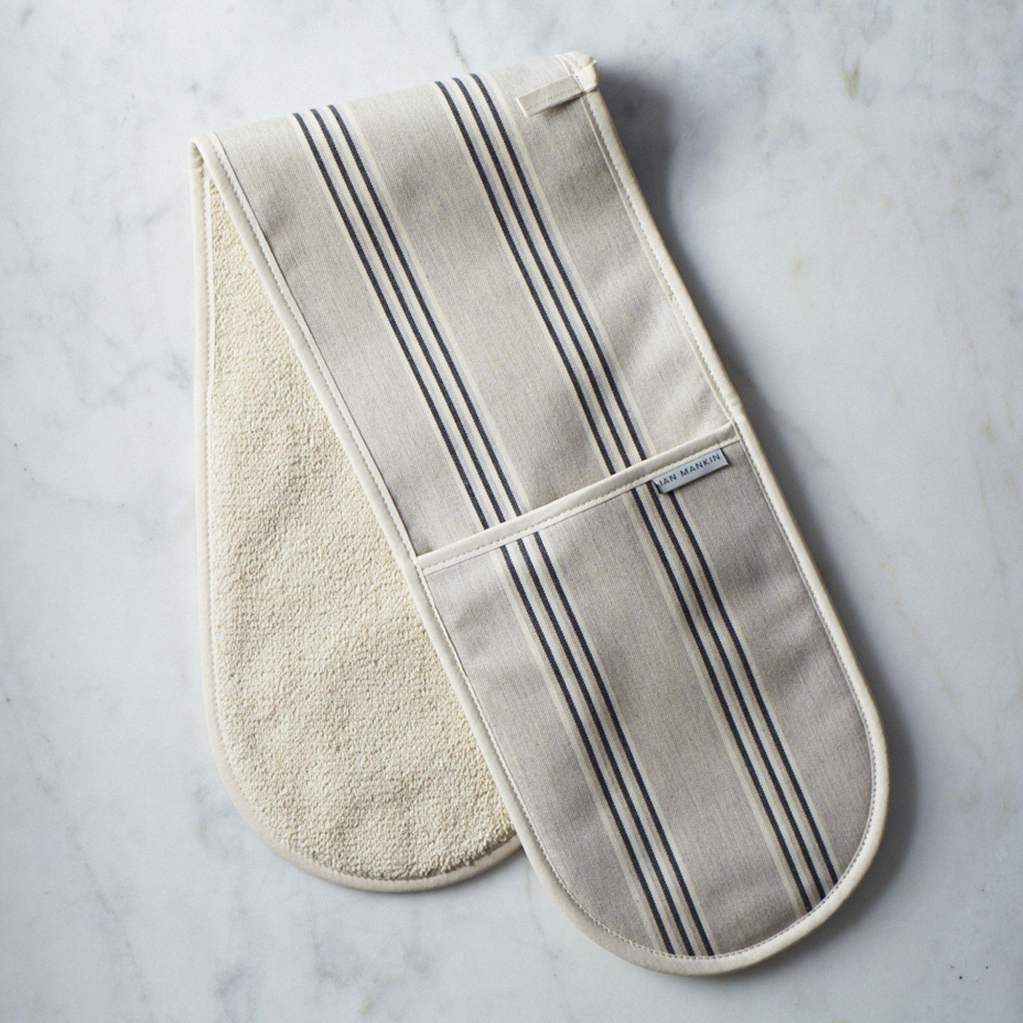 double oven mitt on food52