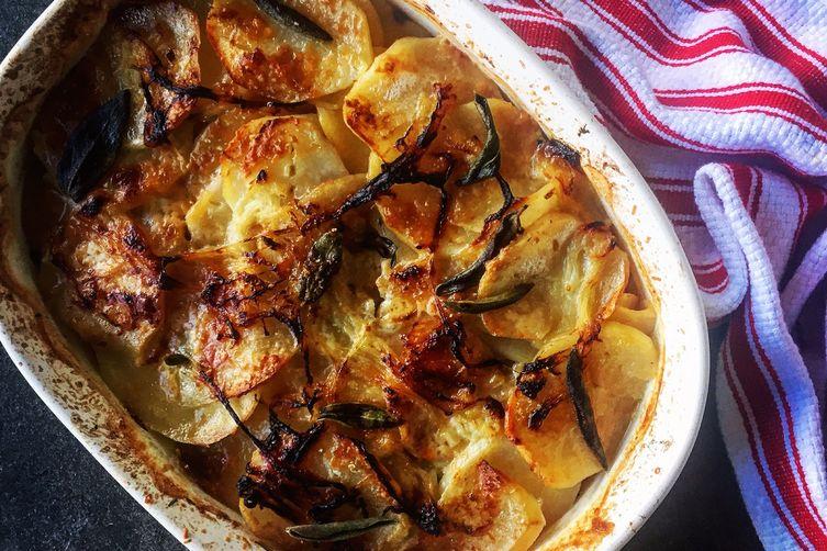 Boulangère Potatoes / Fresh Herbs / Parm Cheese / Black Truffle Salt