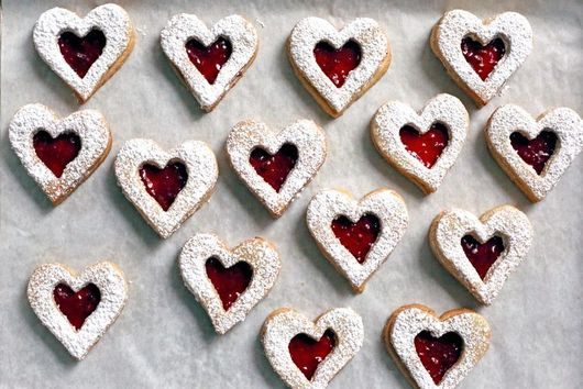 32 Valentine's Day Cookies to Share With Friends & Loved Ones