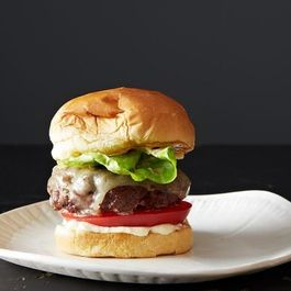 How to Make Any Burger in 5 Steps