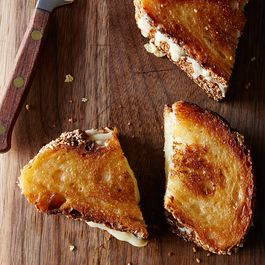 5b4f03b1 050d 4653 8e5b 2fdf19d445fe  genius grilled cheese food52 mark weinberg 14 05 13 0548