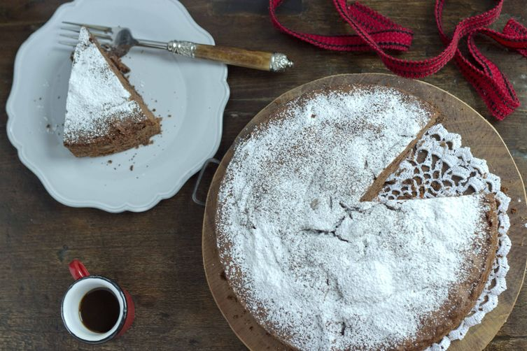 Chocolate Cinnamon Cake - (Torta di Cioccolato)