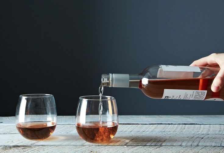 Why You Should Drink Rosé All Winter