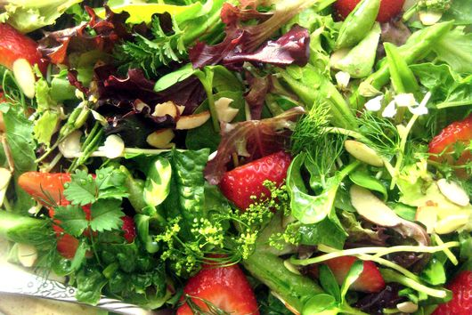 Strawberry Salad with Grapefruit Shallot Vinaigrette