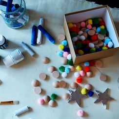 9 Holiday Crafts for Kids that You'll Want to Make Too
