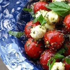 Pesto Cherry Tomato Caprese Salad