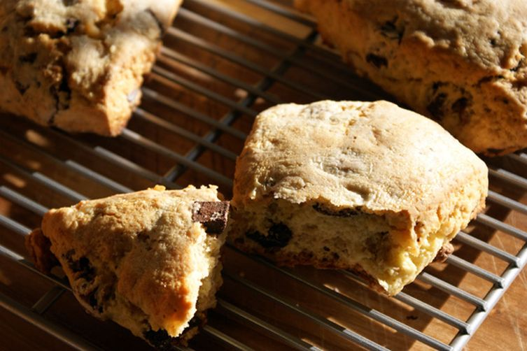 Double Almond, Dark Chocolate & Cream Scones