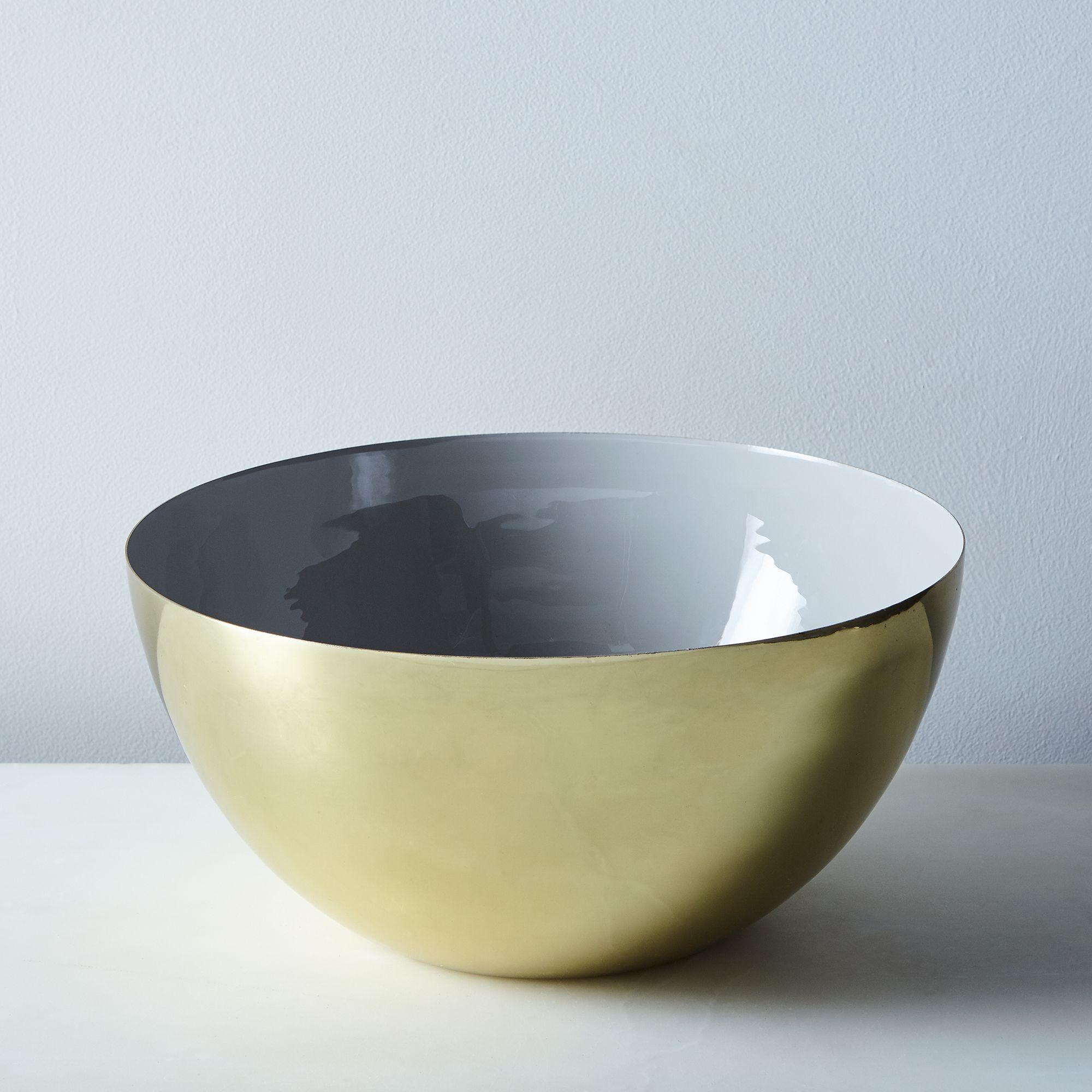 Da80ce0e 853a 4464 b3a6 81cccd762647  2016 1118 food52 hawkins ny grey enamel louise bowls brass large silo rocky luten 134 1