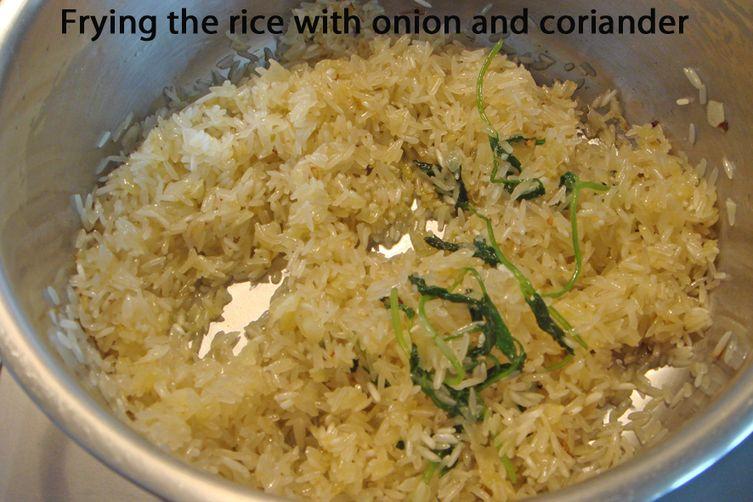 Garlic and Coriander Rice – Arroz de Alho com Coentros (Alentejo - Portugal)