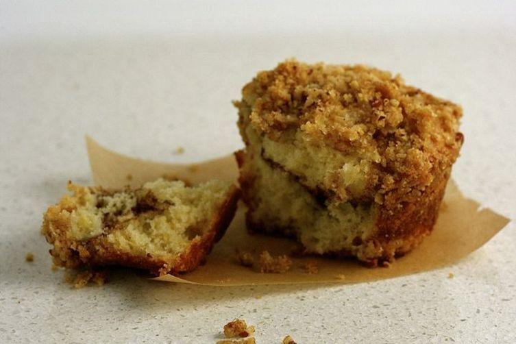 Mini Cinnamon-Raisin Coffee Cakes