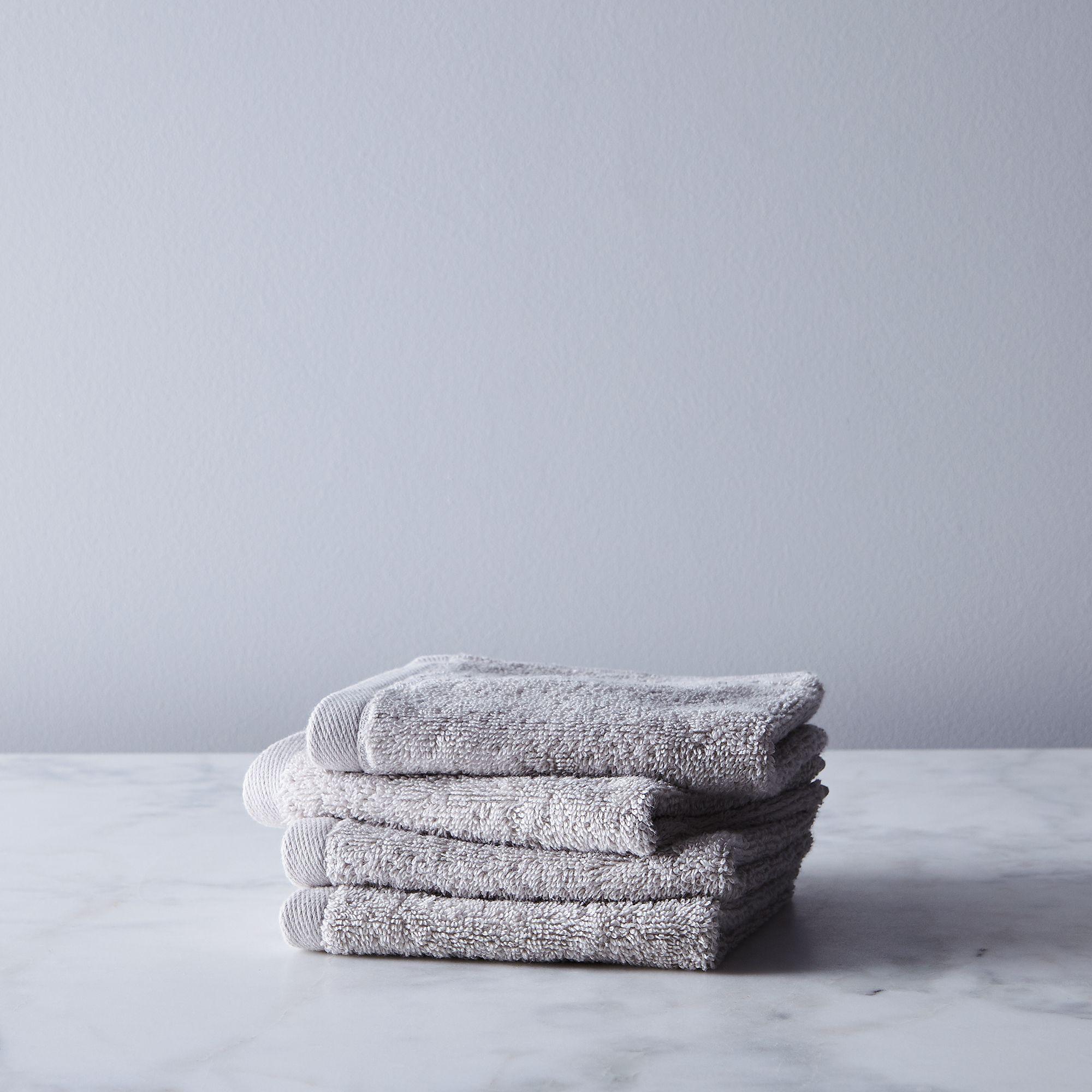 D51f0784 a9d8 4100 9349 c1c76b2a1109  2017 0926 snowe home soft cotton towels washcloth set of 4 ash grey silo rocky luten 014