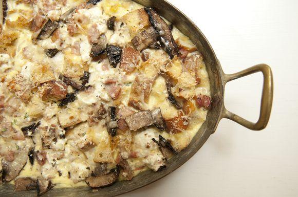 Aac4f935 1009 471a aea8 0fc3a640922a  savory bread pudding
