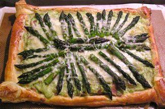 05cb0ffa b5cf 4474 a726 be0f766639fd  asparagus tart 1