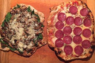 0699acf2 eccc 4a1b 8d4a 27d8844cc6ca  grilled pizza