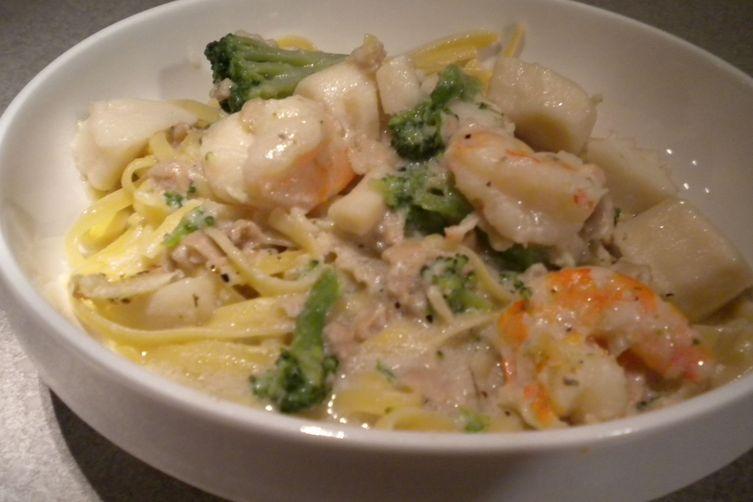 Seafood and Broccoli Pasta