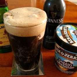 Cb6d4f1d 1d63 44d3 9973 f98e22d50dc7  irish car bomb float