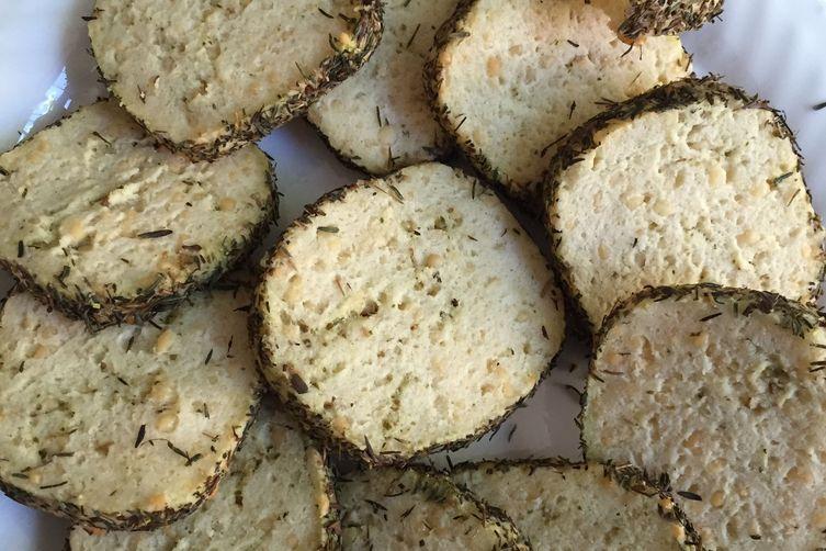 Parmesan Pesto Crackers with Basil