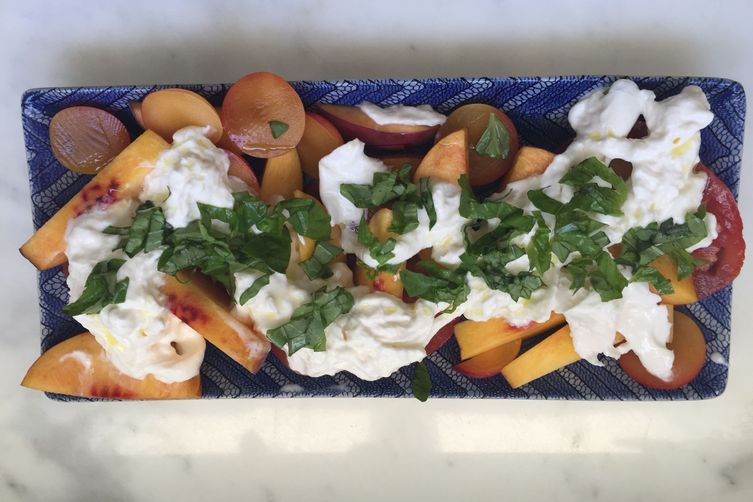 Fresh Peach & Burrata Salad