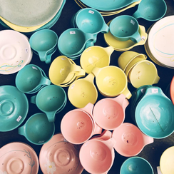 6 Trends We've Spotted at Brimfield (Plus What Everyone's Shopping For!)