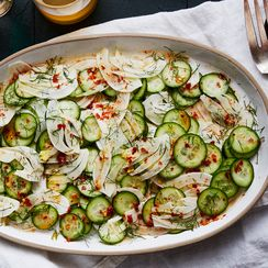 A No-Fuss, Spicy Cucumber & Fennel Salad To Help You Escape Food Comas