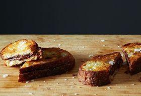 69339bde f736 4a21 ad35 e151f9a9ef25  2014 0207 alice grilled chocolate sandwiches 021