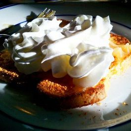 913b6fbc-9550-4827-8a72-ce5d34b85f08.lemon_meringue_french_toast
