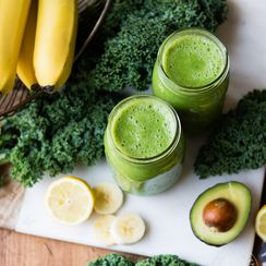 Avo Banana Kale Green Smoothie