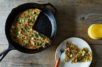 Adb9e212 0d02 46e3 bed8 5b460778379b  2014 1007 herb feta and quinoa frittata 024