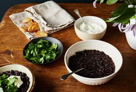 07c54ee2 81ca 4dae affd bf59cb2b1cf0  2016 0412 black beans and rum from ann rogers poor poets cookbook bobbi lin 21553