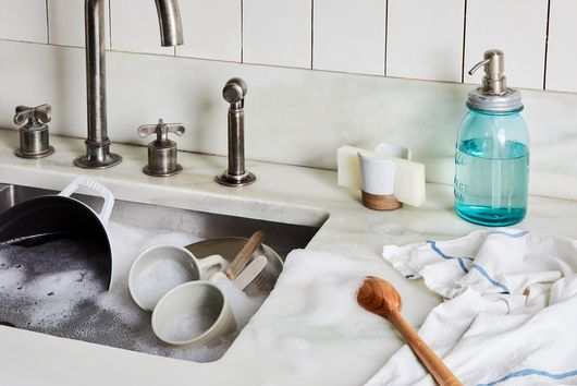 How to Deep Clean Your Stainless Steel Sink
