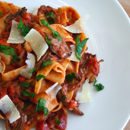 Fc6d0a3d-4b48-4ee3-a0f9-560a05b22450.short_rib_pappardelle_001