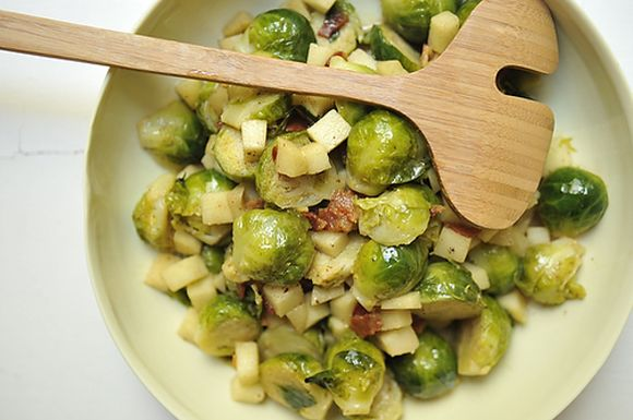 5678b38c f7eb 479a bccb 3477bea66a6f  brussel sprouts