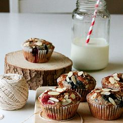 Mixed berry and almond breakfast muffins