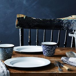 6 Reasons We Can't Get Enough of Enamelware