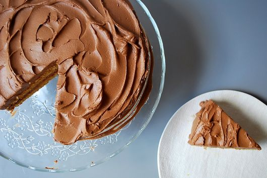 How to Get the Flavor of Graham Crackers in the Form of Cake