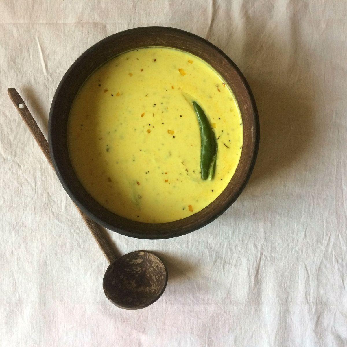 Kachimoru (Kerala-Style Spiced Yogurt Curry)