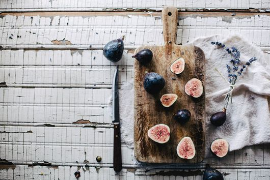 Grilled Figs With Homemade Lavender Crème Fraîche