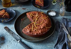 01321954 42b4 40f2 8d39 65e3af67d149  2016 1011 chocolate almond torte with olive oil and sea salt james ransom 150