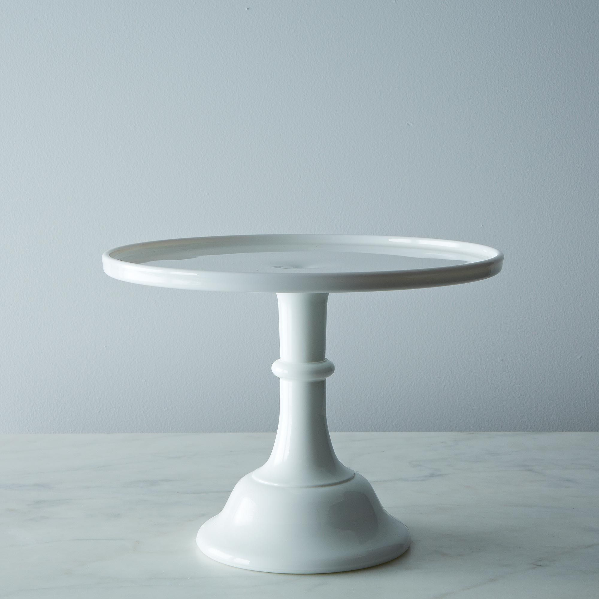 85b5950f 7044 4b4c b870 9c723f892c95  2013 1030 mosser white glass cake plate 012