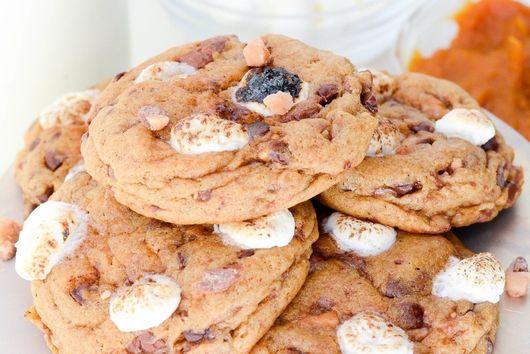 Pumpkin Marshmallow Toffee Cookies