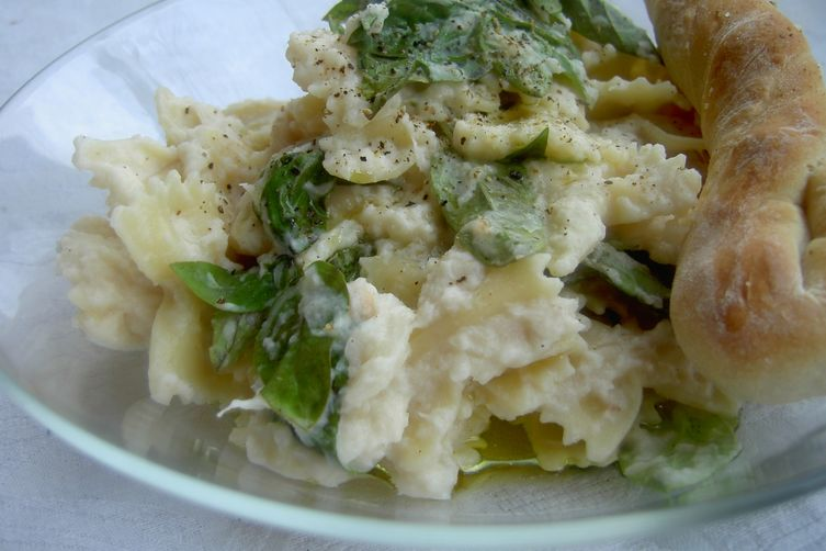 Creamy Cauliflower Sauce with Pasta