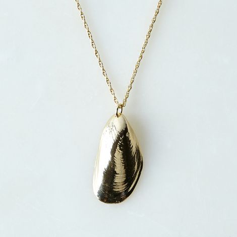 Large Mussel Pendant