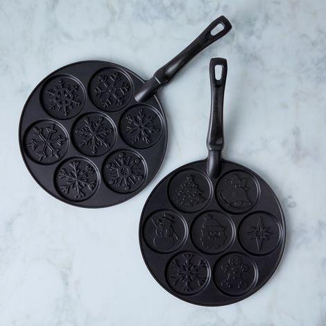 Holiday Silver Dollar Pancake Pan