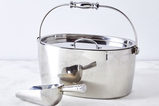 Stainless Steel Hand-Friendly Ice Bucket & Scoop
