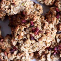 Rose & Pistachio Oat Cookies