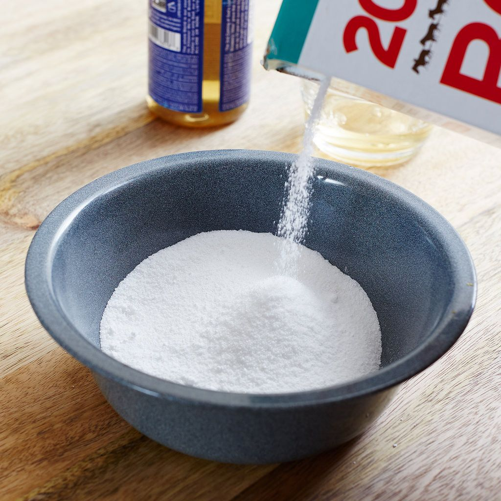 All Natural Cleaning Products to Make at Home